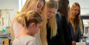 glade-elever-studerer